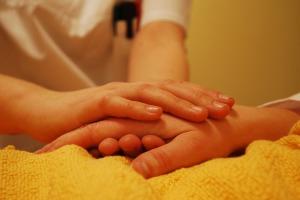 hands-736244_1280